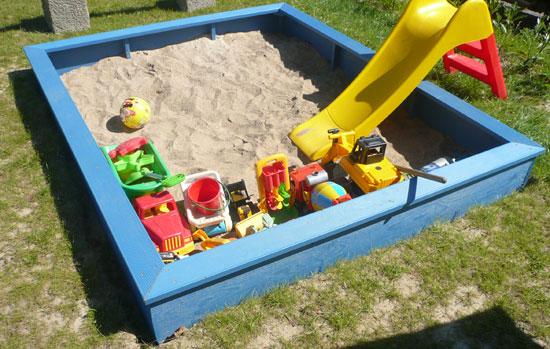 Sandkasten einfach selber bauen